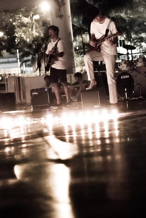2012 Earth Hour Concert  (Credits to Raffles Photographic Society)