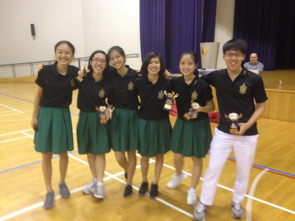 Our up and coming J1 fencers. LTR: Fan Jin, Tze En, Thalia, Denise, Clara, Tze Yang