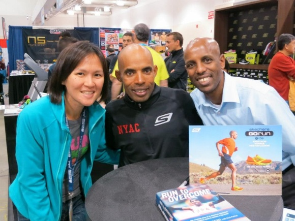 Ms Lin with Meb Keflezighi, Silver Medallist in the Olympic Marathon in 2004