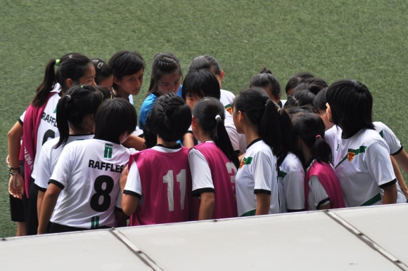 Team huddle before the match