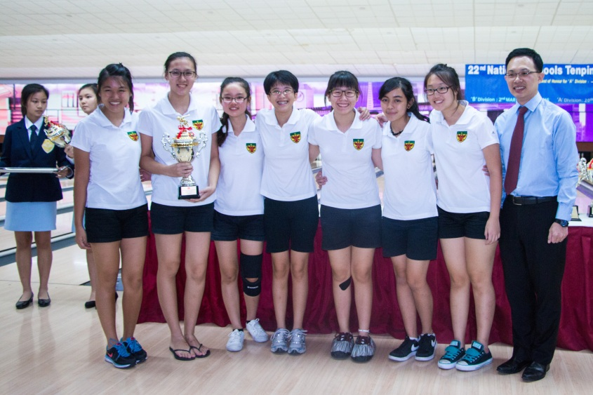 The girls with their first runners-up trophy!