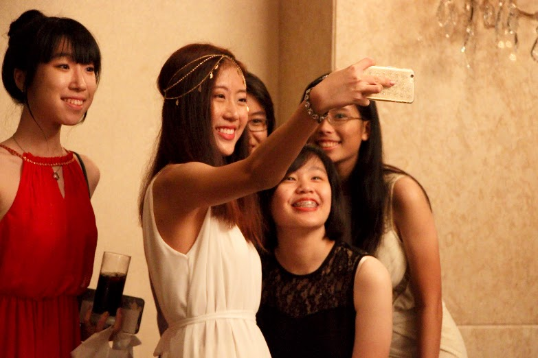 Selfies were just one of the ways to capture the night's memories.