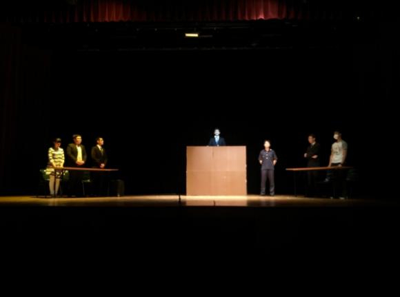 The opening scene of 心霾.