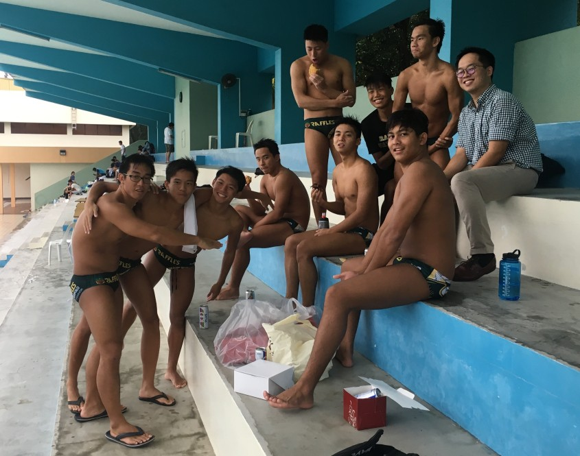 Gavin with Waterpolo Team