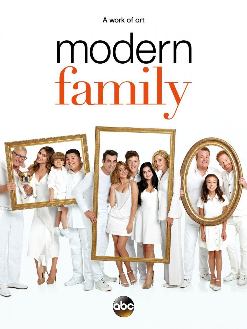 Modern_Family_S8_Poster-2